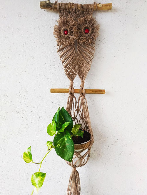 Brown Macrame and Jute Pot-holder (30in x 10.2in)