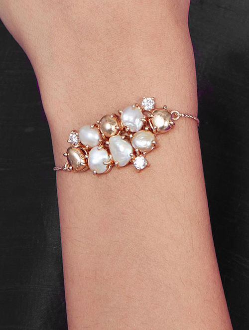 Gold Plated Aurous Bracelet with Pearls