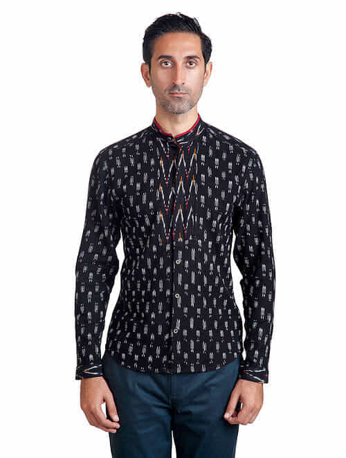 Black-White Mandarin Collar Full Sleeve Ikat Pieced Cotton Shirt with Anti-Flip Pocket - L