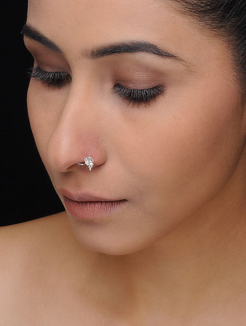 Classic Silver Nose Pin with Pearls