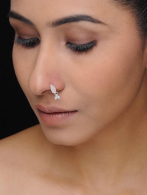 Classis Silver Nose Pin with Pearls