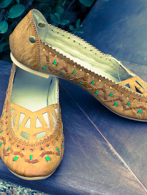Tan Green Handcrafted Leather Ballerinas