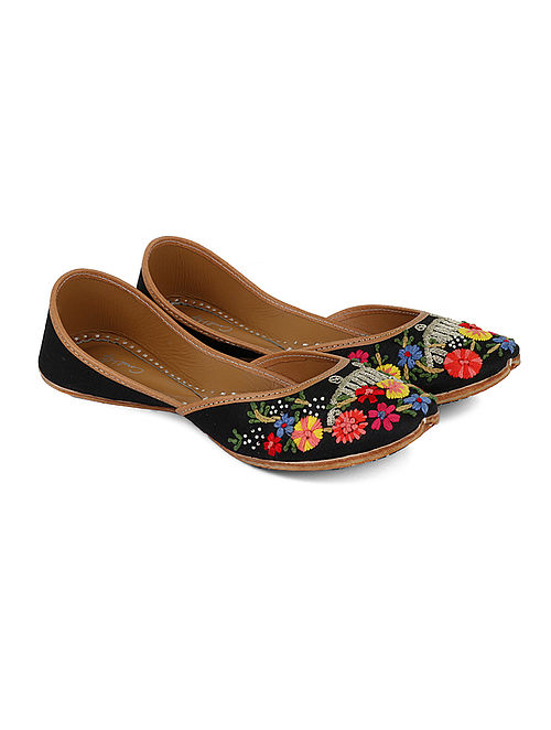 Black-Multicolored Handcrafted Dupion Silk and Leather Juttis with Thread Work