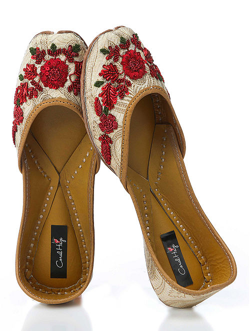 Gold-Red Hand-Embroidered Brocade Silk Jutti With Zardozi Work
