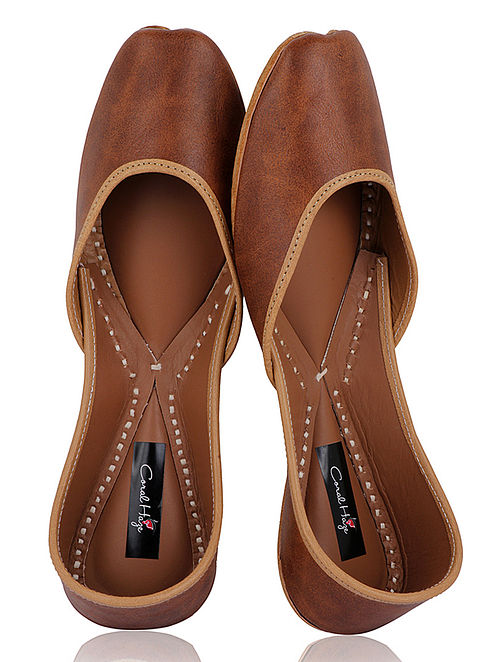 Brown Handcrafted Leather Juttis