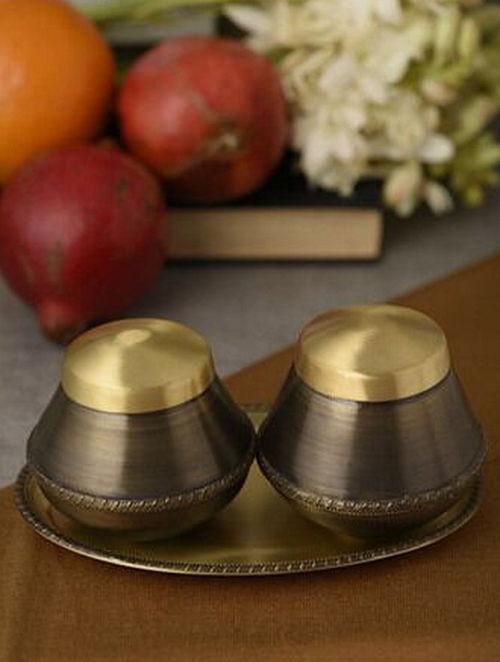 Umang Vrindavan Handcrafted Brass Trinket Set (Set of 3) (Dia:7.1in, H:0.4in)