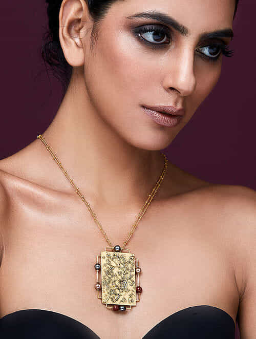 JJ VALAYA-Isfahan Rectangle Pendant Made with Swarovski Crystals & pearls