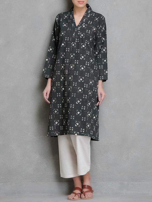 Charcoal-Ivory Block Printed Pin-Tuck Collar Detailed Cotton Kurta