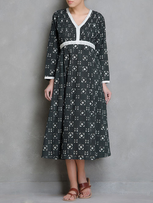 Charcoal-Ivory Block Printed Printed Pin-Tuck Detailed Cotton Dress