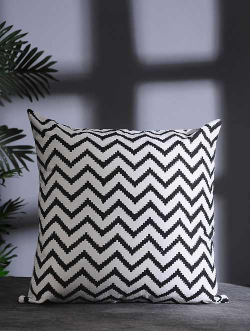 Black and White Hand Block-printed Cotton Cushion Cover (16in x 16in)