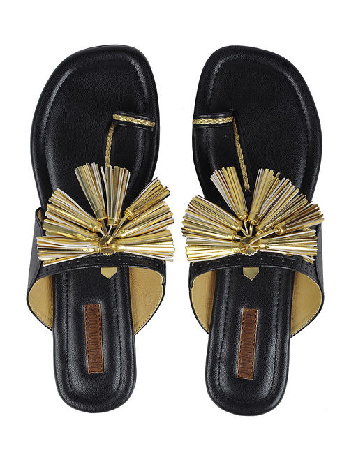 Black Handcrafted Kolhapuri Flats With Tassels