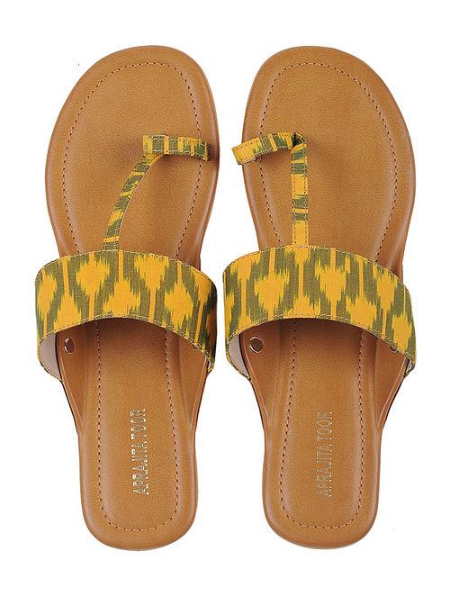 Tan-Yellow Ikat Cotton Handcrafted Kolhapuri Flats