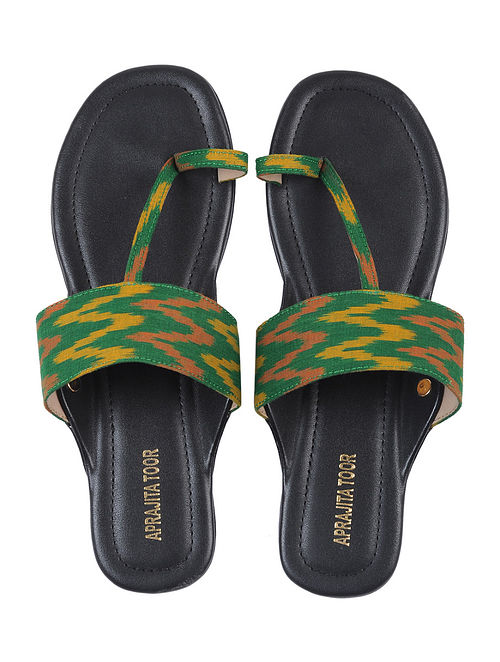 Black-Green Ikat Cotton Handcrafted Kolhapuri Flats