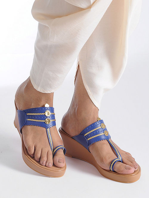 Blue-Beige Handcrafted Kolhapuri Sandals
