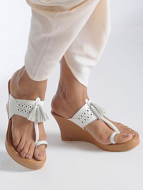 White-Beige Handcrafted Kolhapuri Sandals