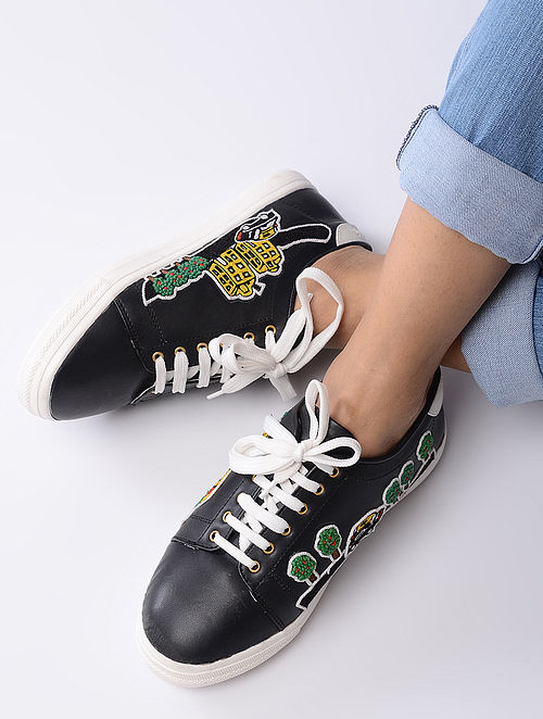 Black Hand-Crafted Sneakers with Auto Motif Patch