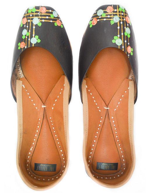 Black Multicolored Handpainted Leather Juttis