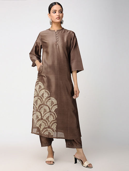 Brown Bandhani Chanderi Kurta and Pants with Mukaish Work (Set of 2)