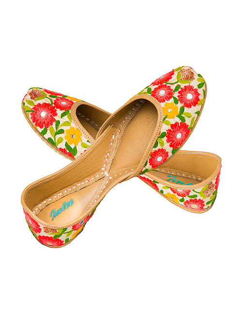Multicolored Embroidered Leather Juttis