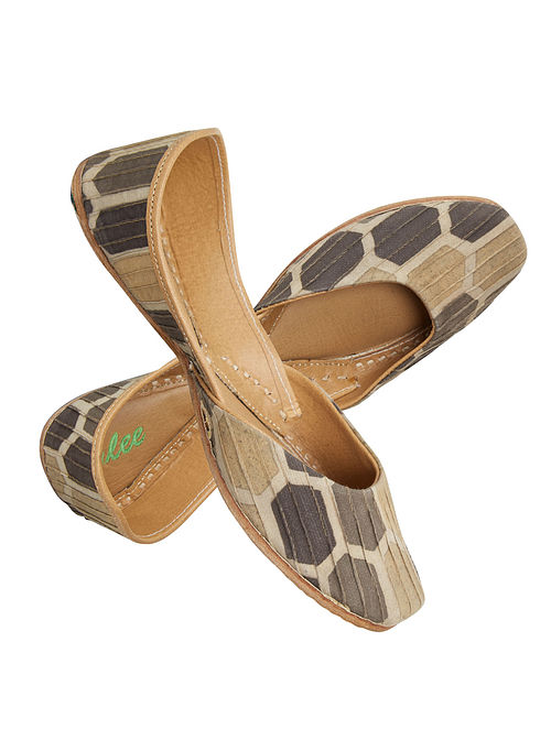Brown-Beige Block-Printed Cotton and Leather Jutti