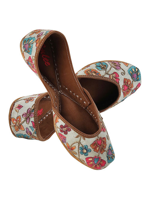 Multicolored Embroidered Silk and Leather Juttis