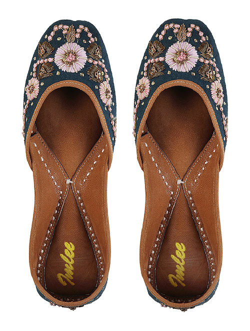 Teal Hand Embroidered Leather Jutti
