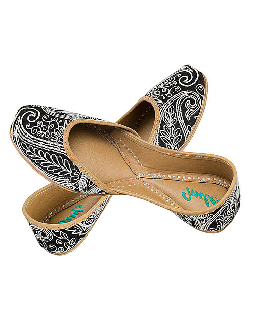 Black-Ivory Sequin and Thread Embroidered Silk and Leather Juttis for Women
