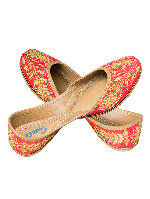 Fushcia Pink Hand-Embroidered Silk and Leather Juttis