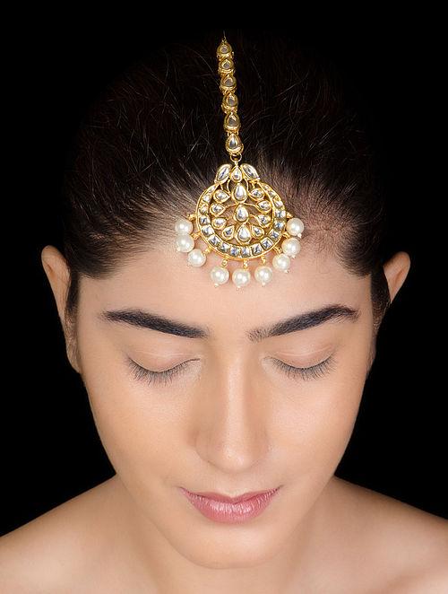 Golden-Ivory Kundan Pearl Maangtika