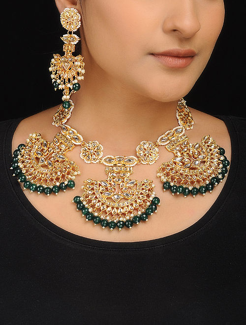 Green Kundan-Inspired Pearl Beaded Necklace with a Pair of Earrings (Set of 2)