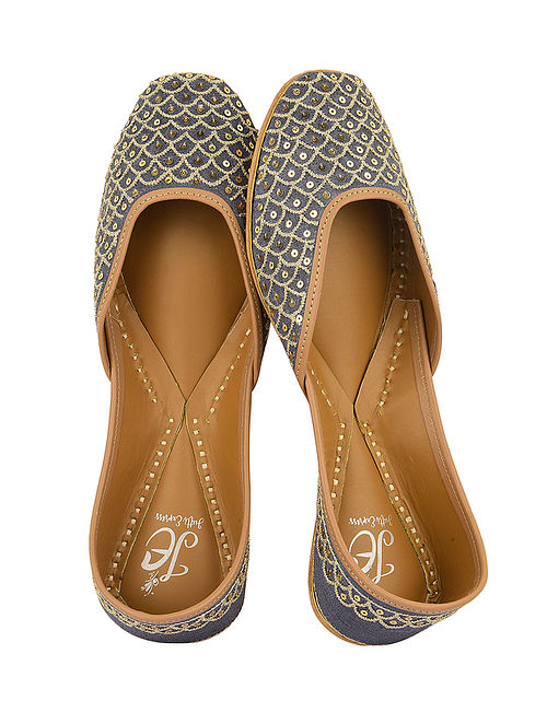 Grey-Gold Handcrafted Juttis