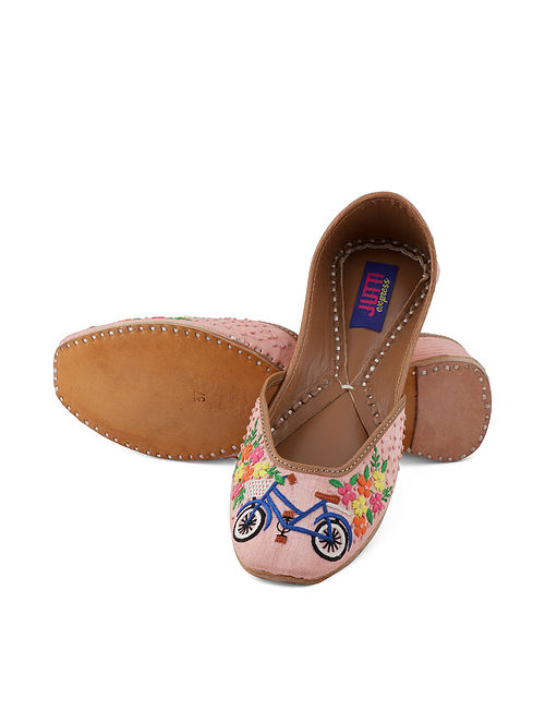 Pink-Multicolored Handcrafted Juttis