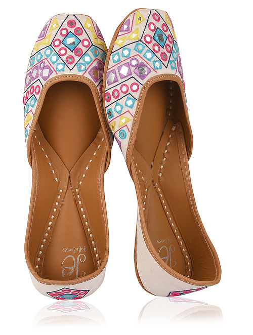White-Multicolored Embroidered Silk Juttis with Mirrors