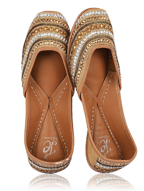 Gold Silver Handcrafted Embroidered Shantoon Silk and Leather Juttis