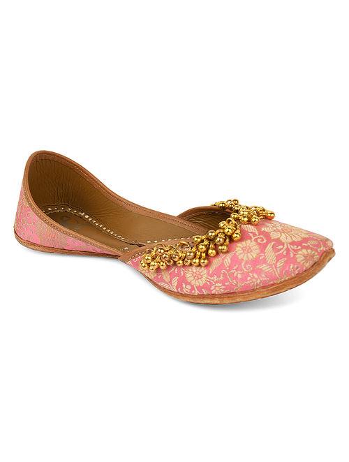 Pink Handcrafted Banarasi Brocade Juttis