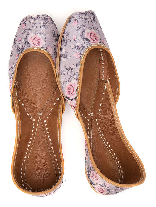 Grey Pink Printed Leather Juttis