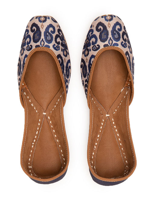 Beige Blue Handcrafted Printed Leather Juttis