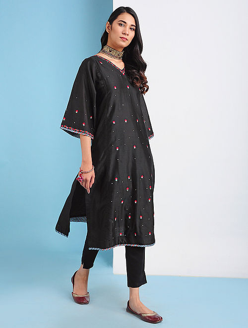 SAMARQAND - Black Silk Cotton Kurta with Embroidery (Set of 2)