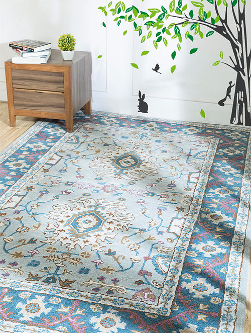 Blue Hand Tufted Wool and Viscose Rug (5ft x 8ft)