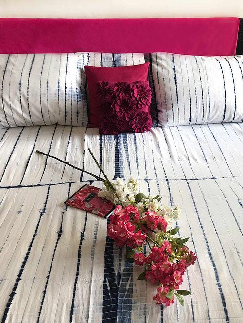 Jolette Shibori Indigo and White Cotton Bedsheet Set (Set of 3)