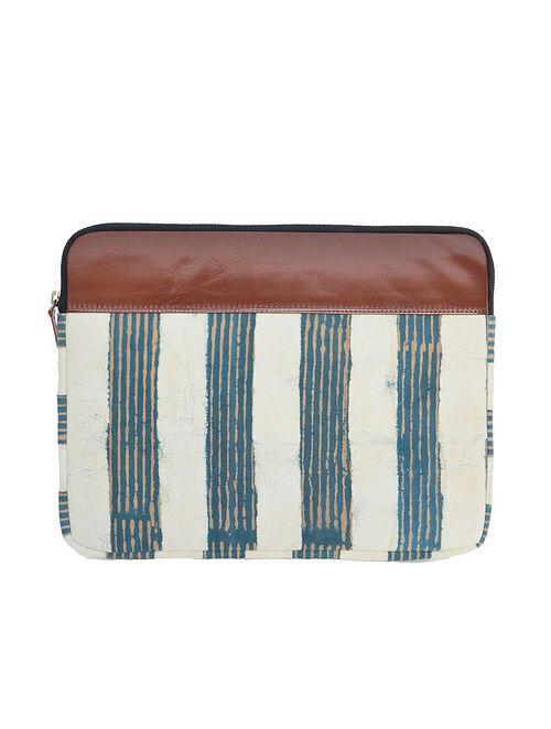 Blue-White Dabu Print Cotton Laptop Sleeve