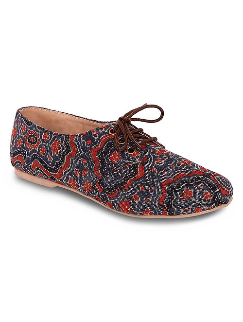 Multicolored Handcrafted Canvas Oxford Shoes