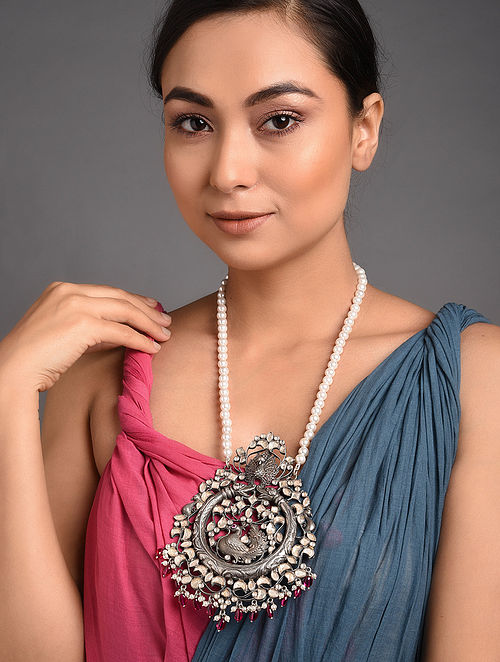 Maroon Tribal Kundan Silver Necklace with Pearls