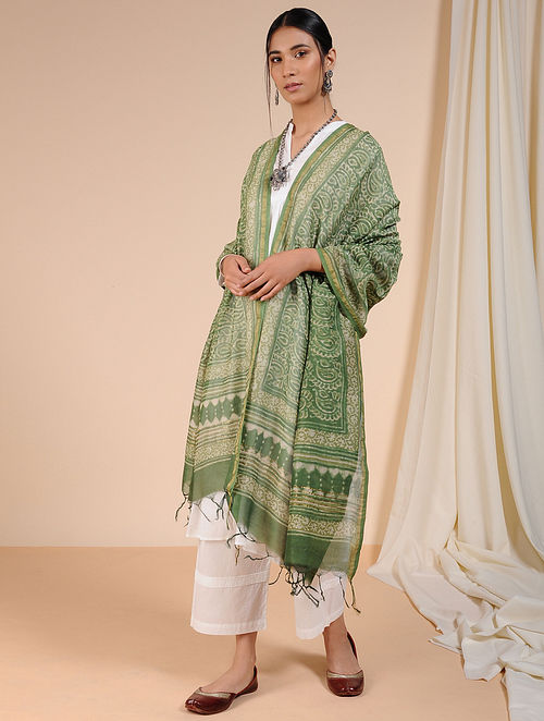 Green-Ivory Dabu-printed Chanderi Dupatta with Zari