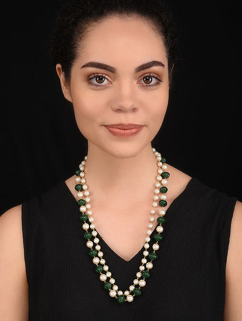 Green Gold Tone Pearl Beaded Necklace