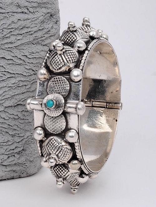 Tribal Silver Hinged Bangle (Bangle Size: 2/4)