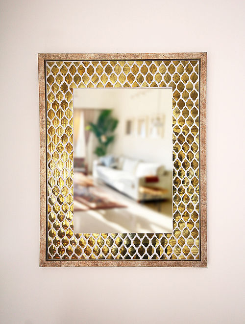 Anaar Gold and White Wood and Champagne Fibre Wall Mirror (30in x 24in)