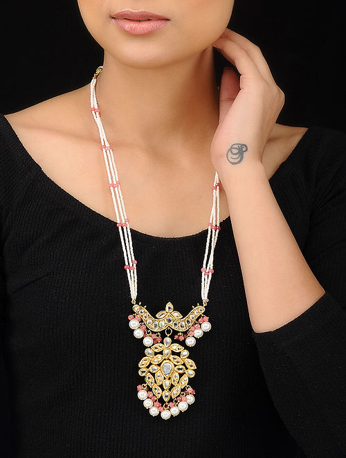 83b299d425 White-Pink Gold Tone Kundan Inspired Pearl Beaded Pendant Necklace Necklaces /Pendants