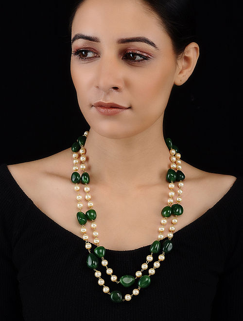 Green-White Tumbled Stones and Pearls Necklace