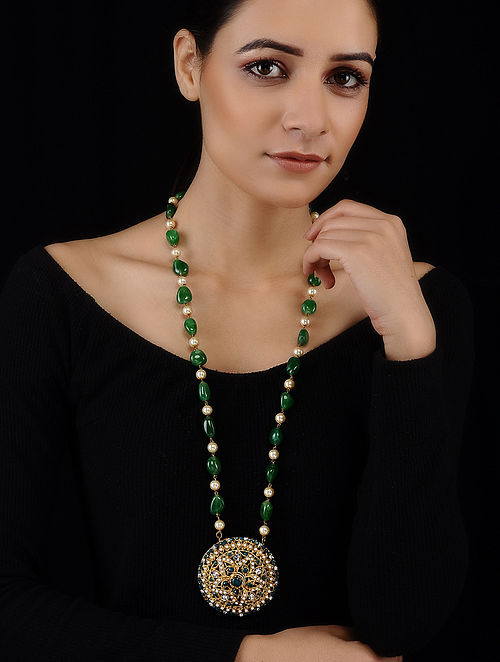 Green-White Gold Tone Jadau and Pearls Pendant Necklace